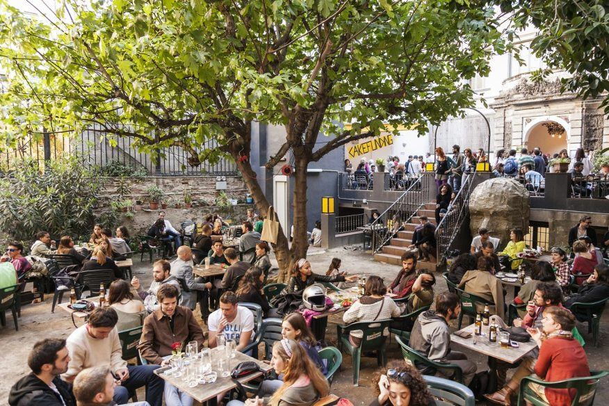 Antic Teatre e giardino - Bar con WiFi a Barcellona